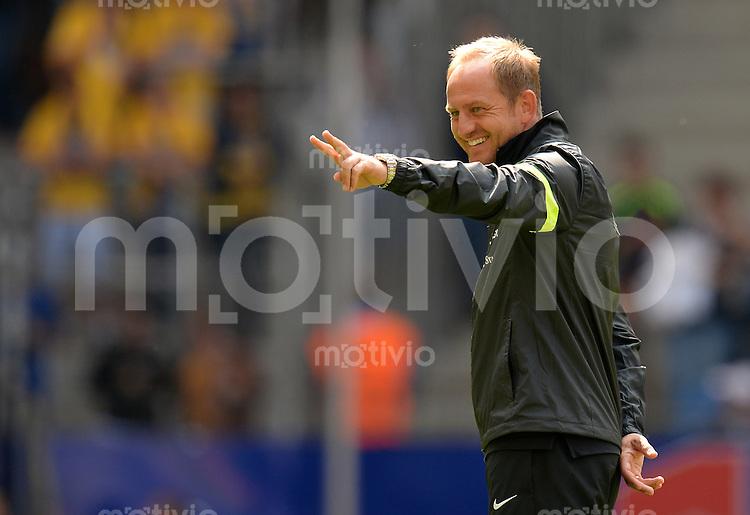 FUSSBALL   1. BUNDESLIGA   SAISON 2013/2014   NORDCUP  Hamburger SV - Eintracht Braunschweig             13.07.2013 Trainer Torsten Lieberknecht (Eintracht Braunschweig)