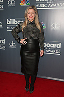 MAY 17 Kelly Clarkson 2018 Billboard Music Awards EVent