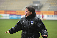 20190409  - Tubize , BELGIUM : Finland's coach Marianne Miettinen pictured during the last minutes of the soccer match between the women under 19 teams of Switzerland and Finland , on the third matchday in group 2 of the UEFA Women Under19 Elite rounds in Tubize , Belgium. Tuesday 9 th April 2019 . PHOTO DIRK VUYLSTEKE / Sportpix.be