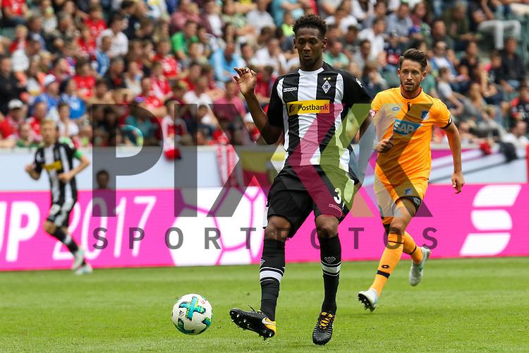 Gladbachs Oxford (Nr.03)  beim Telekom Cup 2017 Borussia Moenchengladbach - TSG Hoffenheim.<br /> <br /> Foto &copy; PIX-Sportfotos *** Foto ist honorarpflichtig! *** Auf Anfrage in hoeherer Qualitaet/Aufloesung. Belegexemplar erbeten. Veroeffentlichung ausschliesslich fuer journalistisch-publizistische Zwecke. For editorial use only.