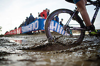 throwing up some mud<br /> <br /> UCI Cyclocross World Cup Heusden-Zolder 2015