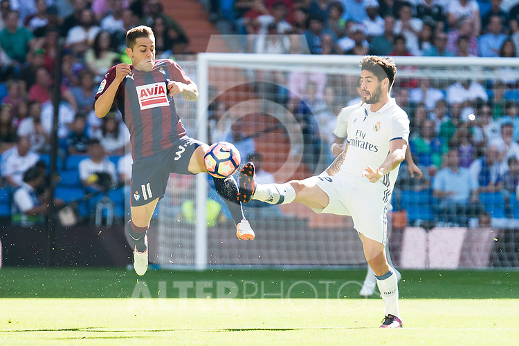 "Real Madrid's player Francisco Roman ""Isco"" and Eibar FC's player Ruben Peña Jimenez during a match of La Liga Santander at Santiago Bernabeu Stadium in Madrid. October 02, Spain. 2016. (ALTERPHOTOS/BorjaB.Hojas)"