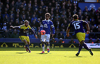 "Pictured L-R: Ashley ""Jazz"" Richards of Swansea and Steven Pienaar of Everton.  Sunday 16 February 2014<br />