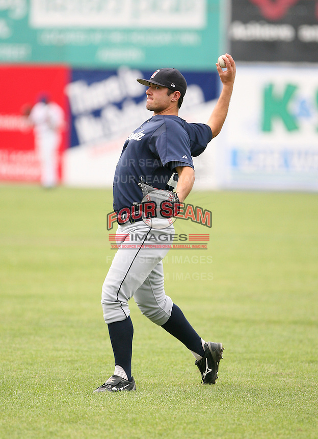 2007:  Ryan Seawell of the Oneonta Tigers, Class-A affiliate of the Detroit Tigers, during the New York-Penn League baseball season.  Photo by Mike Janes/Four Seam Images