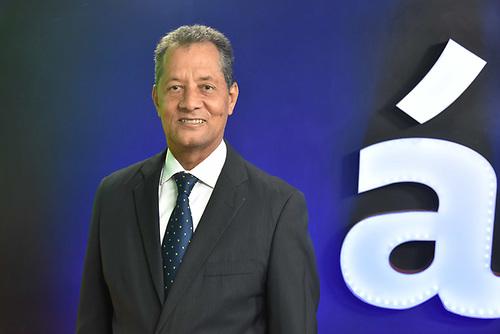 El profesor Julián Roa, vicesesecretario general de la Liga Municipal Dominicana (LMD), exregidor y dirigente del Partido de la Liberación Dominicana (PLD)
