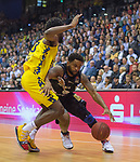 10.05.2019, EWE Arena, Oldenburg, GER, easy Credit-BBL, EWE Baskets Oldenburg vs Mitteldeutscher BC, im Bild<br /> Trevor RELEFORD (Mitteldeutscher BC #12 ) Frantz MASSENAT (EWE Baskets Oldenburg #10 )<br /> <br /> Foto © nordphoto / Rojahn