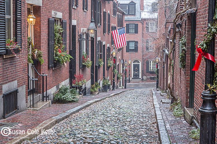 Christmas snow on Beacon Hill, Boston, Massachusetts, USA