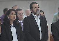 BRASÍLIA, DF 21 DE ABRIL 2013. MARATONA DE BRASÍLIA - Governador Agnelo Queiroz durante a Missa de Aniversario de Brasilia na catedral na manha deste domingo, 21.FOTO RONALDO BRANDÃO / BRAZIL PHOTO PRESS