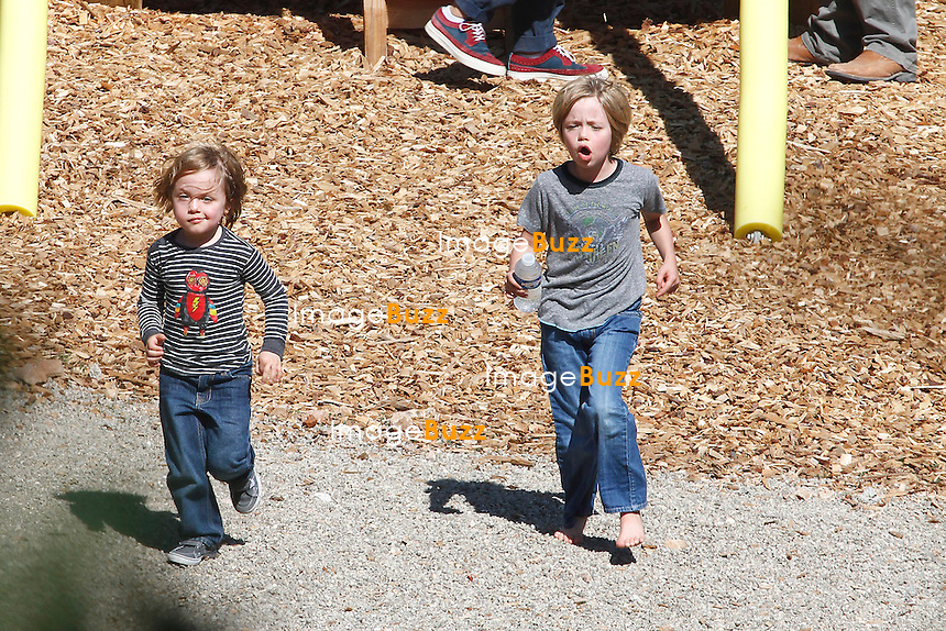 Brignoles - 19/09/12:  EXCLUSIVE PICTURES - ANGELINA JOLIE & KIDS IN SOUTH OF FRANCE..Vivienne, Knox, Pax, Zahara and Shiloh where having a field day at the park..Having fun together exploring the grounds, looking for insects, jumping and snacking together, and later enjoying a lunch at McDonald's. .While their mother,.Angelina, was doing a tour supporting the Syrians refugees during a week. On Sunday she flew back from Iraq. all dressed in black with no jewelry, not.even the engagement ring, and simple shoes..Back on the French territory Angelina.brought the kids to the local store for some toys shopping. They found treasures in the sales department. Angelina was again wearing her ring, and although still.in black iwith leather pants and designer boots and.bag..Meanwhile Brad was doing grape harvest with his son Maddox..