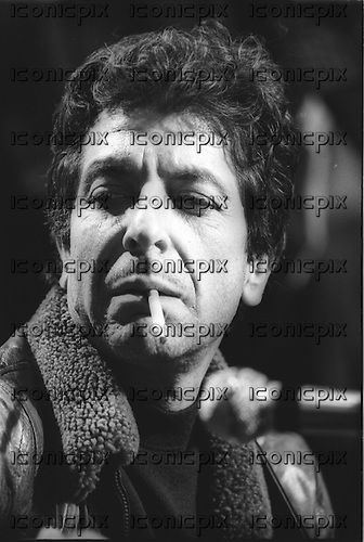 LEONARD COHEN - Paris France - 18 Oct 1979.  Photo credit: Christian Rose/Dalle/IconicPix **AVAILABLE FOR UK ONLY**