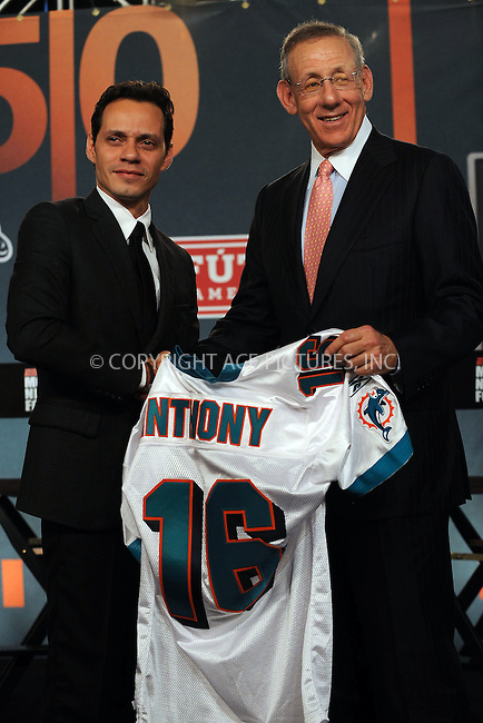 WWW.ACEPIXS.COM . . . . . ....July 21 2009, New York City....Miami Dolphins owner Stephen Ross and Marc Anthony at the NFL, ESPN/ESPN Deportes and Miami Dolphins press conference at the Time Warner Center on July 21, 2009 in New York City.....Please byline: KRISTIN CALLAHAN - ACEPIXS.COM.. . . . . . ..Ace Pictures, Inc:  ..tel: (212) 243 8787 or (646) 769 0430..e-mail: info@acepixs.com..web: http://www.acepixs.com