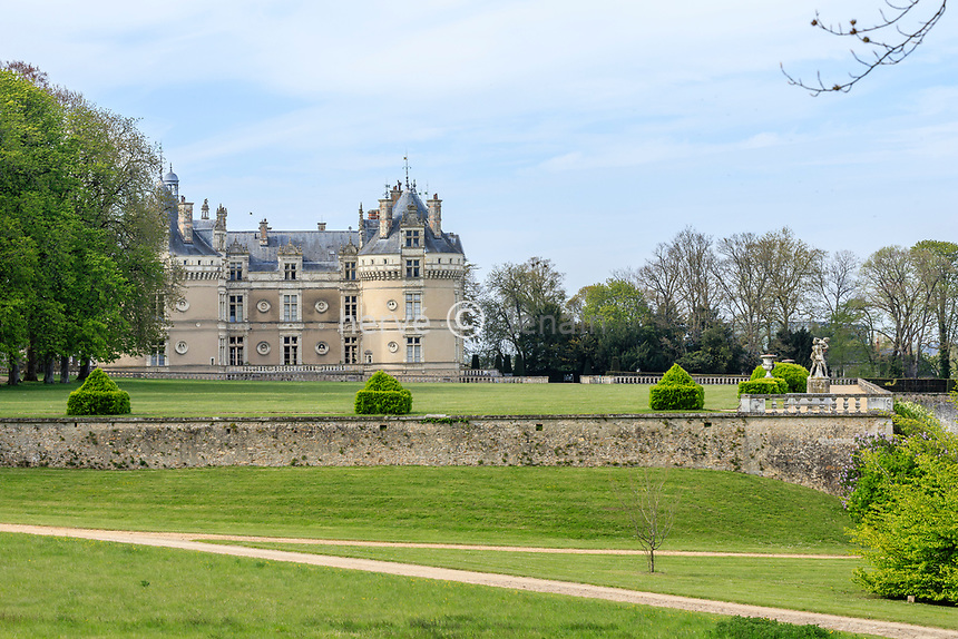 France, Sarthe (72), Le Lude, château et jardins du Lude au printemps (avril)