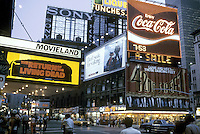 - New York, Times Square......