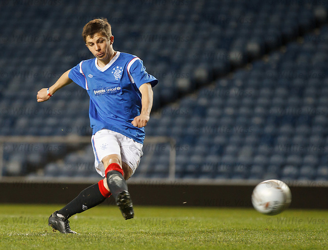 Charlie Telfer scores his penalty for Rangers in the shootout