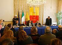 Il sindaco di Napoli Luigi De Magistris , conferisce lka cittadinanza onoraria alla Regista Lina Wertmuller