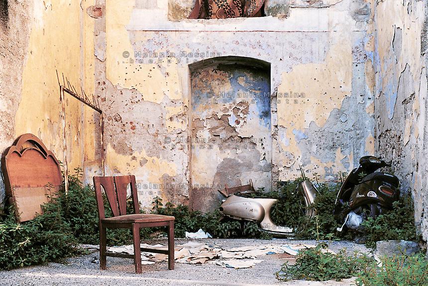 Albergheria is one of the most deprived neighborood in the historic city center of Palermo.<br /> Il quartiere dell'Albergheria  una delle aree piu' povere e degradate del centro storico di Palermo.