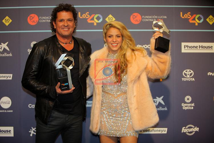 Los 40 MUSIC Awards 2016 - Photocall.<br /> Carlos Vives &amp; Shakira.