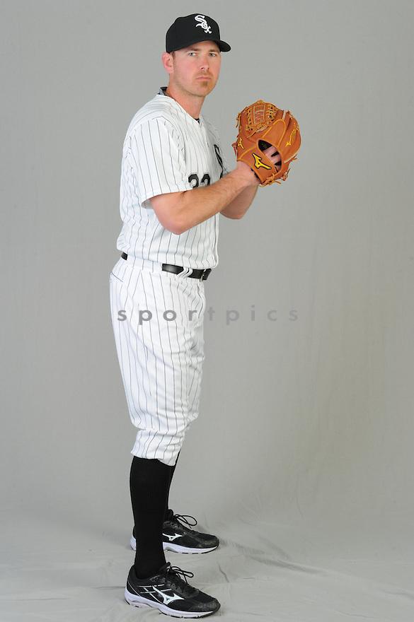 Chicago White Sox Zack Duek (33) during photo day on February 28, 2015 in Glendale, AZ.