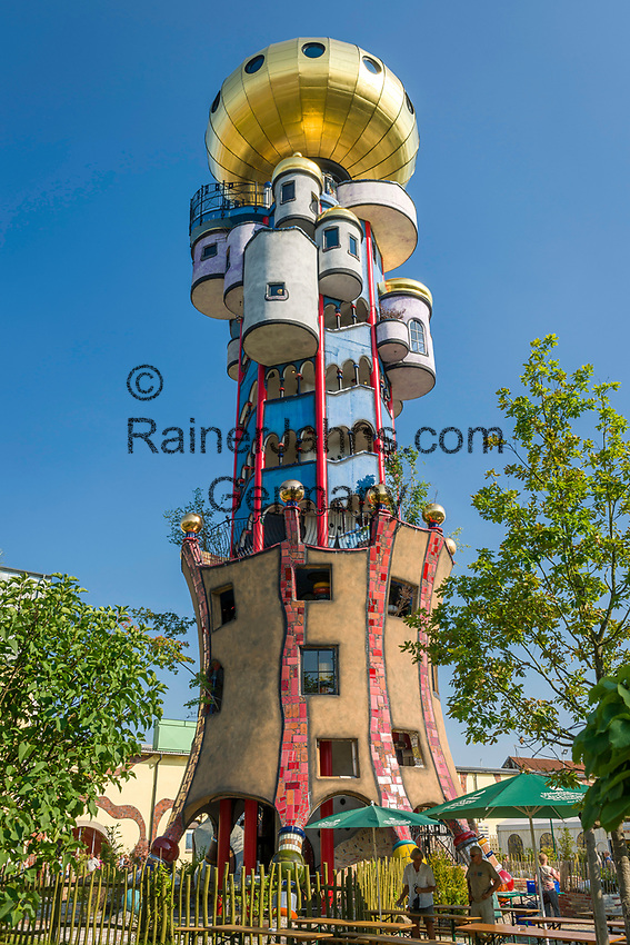 Germany, Lower Bavaria, Abensberg: Kuchlbauer-Tower at brewery Kuchlbauer, an architectural Hundertwasser project, planned and executed by architect Peter Pelikan (this text has to be used in the image description and is a MUST | Deutschland, Bayern, Niederbayern, Abensberg: Kuchlbauer Turm – ein Hundertwasser Architekturprojekt, geplant und bearbeitet von Architekt Peter Pelikan (dieser Text MUSS in der Beschreibung des Fotos auftauchen)