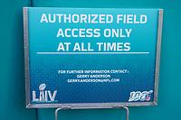 Schild am Innenraum des Hard Rock Stadium bei den Vorbereitungen auf den Super Bowl LIV am 2. Februar zwischen den Kansas City Chiefs und San Francisco 49ers - 22.01.2020: SB LIV im Hard Rock Stadium Miami
