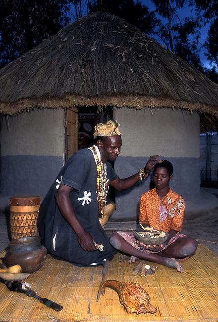 Traditional healer, Chapungu Shona Village, Harare, Harare Province, Zimbabwe, Africa
