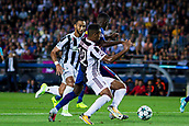 12th September 2017, Camp Nou, Barcelona, Spain; UEFA Champions League Group stage, FC Barcelona versus Juventus; Ousmane Dembélé of FC Barcelona dribbles past Alex Sandro of Juventus