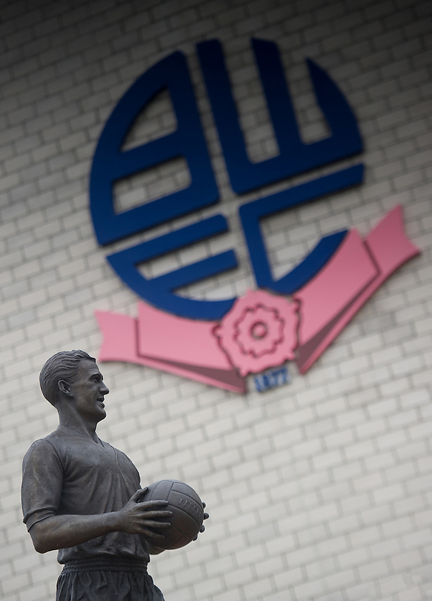 The Nat Lofthouse statue outside the ground<br /> <br /> Photographer Dave Howarth/CameraSport<br /> <br /> Football - The Football League Sky Bet Championship - Bolton Wanderers v Preston North End - Saturday 12th March 2016 - Macron Stadium - Bolton <br /> <br /> &copy; CameraSport - 43 Linden Ave. Countesthorpe. Leicester. England. LE8 5PG - Tel: +44 (0) 116 277 4147 - admin@camerasport.com - www.camerasport.com
