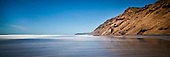 Located on the west coast of the Awhitu Peninsula Hamiltons Gap is on of 1 of only 2 places north of Waiuku that have road access to the beach.