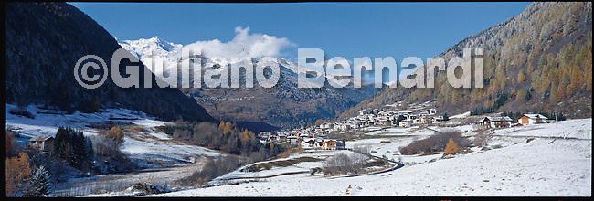 PJ414 Val di Pejo in inverno, immagini dei villaggi,delle montagne, delle baite, delle piste di sci e attivit&agrave; sportive,<br /> Pejo in winter, images of the villages, mountains, mountain huts, the ski slopes and sporting activities,<br /> Pejo im Winter, Bilder der D&ouml;rfer, Berge, Bergh&uuml;tten, den Skipisten und sportlichen Aktivit&auml;ten,<br /> Pejo en hiver, les images des villages, des montagnes, des cabanes de montagne, les pistes de ski et des activit&eacute;s sportives,<br /> Pejo en invierno, las im&aacute;genes de los pueblos, monta&ntilde;as, refugios de monta&ntilde;a, las pistas de esqu&iacute; y actividades deportivas,<br /> Pejo fi fasl alshshata'a, sur min alquraa waljibal wal'akwakh aljabaliat, wamunhadarat alttazalluj wal'anshitat alrriadia,<br /> Pejo的冬天,鄉村,山區,山木屋,滑雪場和體育活動的圖像,<br /> 冬のペヨ、村、山、山の小屋、スキー場やスポーツ活動のイメージ,<br /> Pejo in de winter, beelden van de dorpen, bergen, berghutten, de skipistes en sportieve activiteiten,<br /> Pejo w zimie, obrazy wsi, g&oacute;r, schronisk g&oacute;rskich, stok&oacute;w narciarskich i uprawiania sportu,<br /> Pejo no inverno, as imagens das aldeias, montanhas, abrigos de montanha, pistas de esqui e actividades desportivas,<br /> Pejo t&eacute;len, a k&eacute;pek a falvak, hegyek, hegyi, a s&iacute;p&aacute;ly&aacute;k &eacute;s sporttev&eacute;kenys&eacute;gek