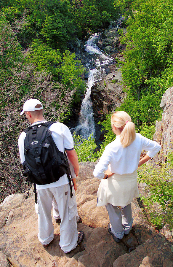 Shenandoah National Forest hike waterfall backpack