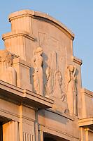 Europe/France/06/Alpes-Maritimes/Nice: Détail de la façade du Palais de la Méditerrannée sur la promenade des Anglais