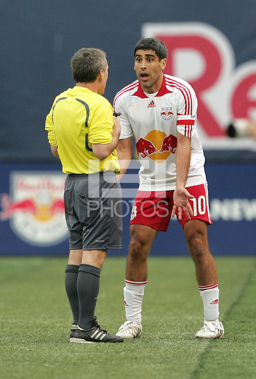 New York Red Bulls' Claudio Reyna (10) pleads his case with the referee during the second half against the San Jose Earthquakes in an MLS soccer match at Giants Stadium in East Rutherford, N.J. on Sunday, April 27, 2008. The Red Bulls defeated the Earthquakes 2-0.