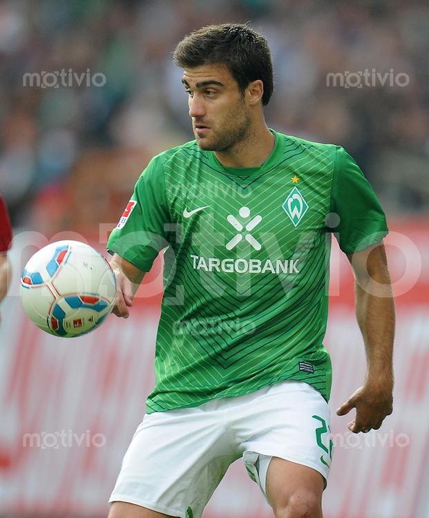 FUSSBALL   1. BUNDESLIGA   SAISON 2011/2012    5. SPIELTAG SV Werder Bremen - Hamburger SV                         10.09.2011 SOKRATIS (SV Werder Bremen)