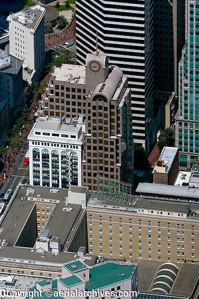 aerial photograph 33 New Montomgery Street, Palace Hotel, 595 Market Street skyscrapers San Francisco