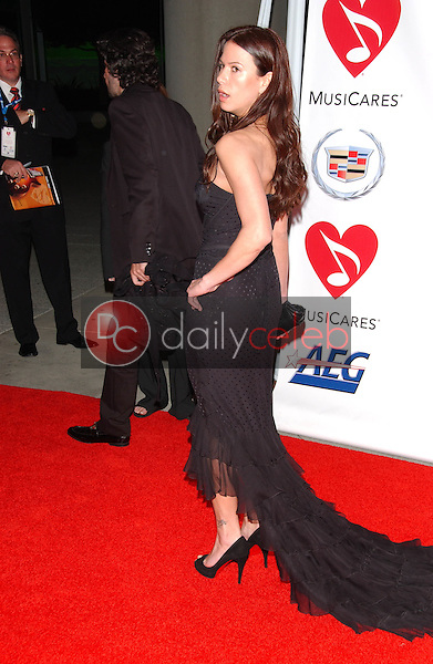 Rhona Mitra<br />