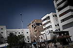 Remi OCHLIK/IP3 PRESS - On august, 27, 2011 In Tripoli - Signs of fighting on buildings