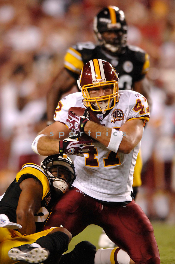CHRIS COOLEY, of the Washington Redskins, in action during the Redskins game against the Pittsburgh Steelers in Washington DC on August 18, 2007.  The Steelers won the game 12-10............