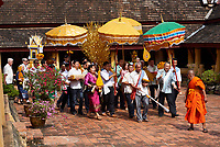 Laos. Wat Si Saket. Buddhist ceremony.
