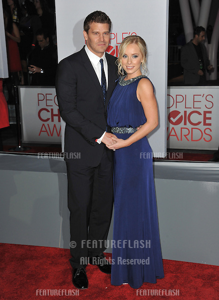 David Boreanaz & Jaime Bergman at the 2012 People's Choice Awards at the Nokia Theatre L.A. Live..January 11, 2012  Los Angeles, CA.Picture: Paul Smith / Featureflash