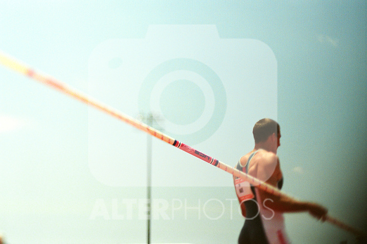 A men's pole vault competitor, EXPA Pictures © 2010, PhotoCredit: EXPA/ New Sport/ Kohjiro Kinno *** ATTENTION *** United States of America OUT!
