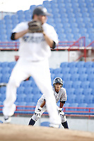 July 11, 2009:  Shortstop Walter Ibarra of the Tampa Yankees leads off as Shaun Marcum prepares to pitch during a game at Dunedin Stadium in Dunedin, FL.  Tampa is the Florida State League High-A affiliate of the New York Yankees.  Photo By Mike Janes/Four Seam Images