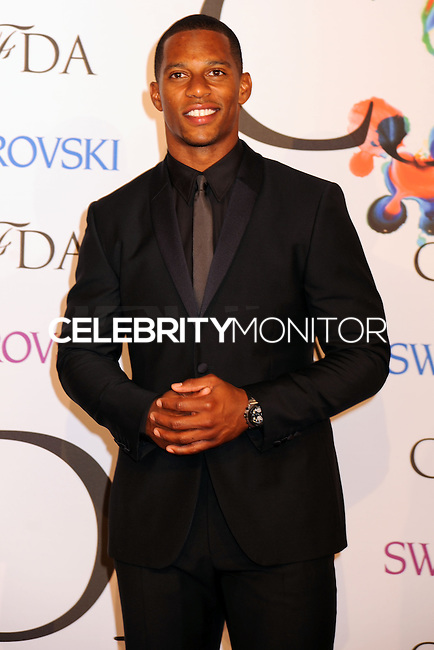 NEW YORK CITY, NY, USA - JUNE 02: Victor Cruz arrives at the 2014 CFDA Fashion Awards held at Alice Tully Hall, Lincoln Center on June 2, 2014 in New York City, New York, United States. (Photo by Celebrity Monitor)