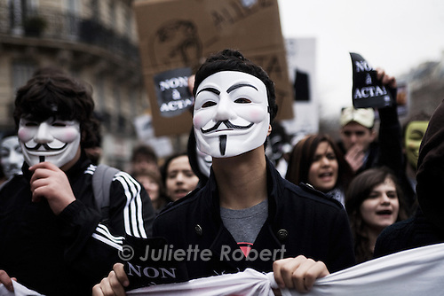 Manifestation des Anonymous et sympathisants contre le traite ACTA, a Paris le 25 fevrier 2012