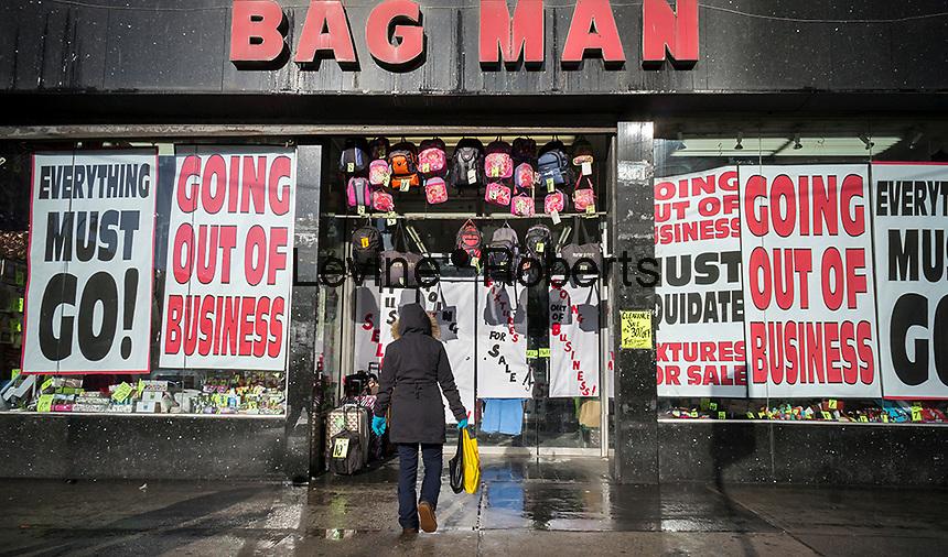 Bag Man closing in Herald Square shopping district | Richard ...