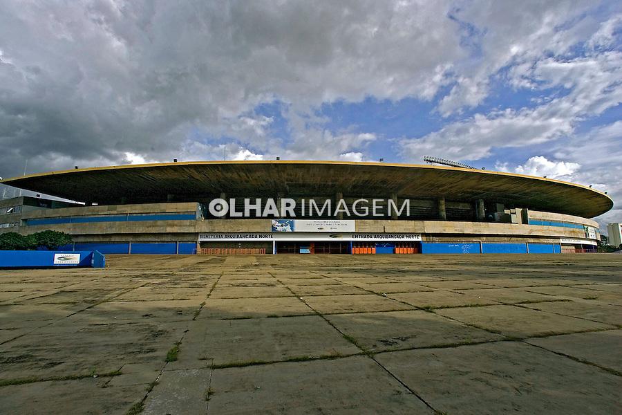 Estádio Serra Dourada em Goiânia. Goiás. 2007. Foto de Caetano Barreira.