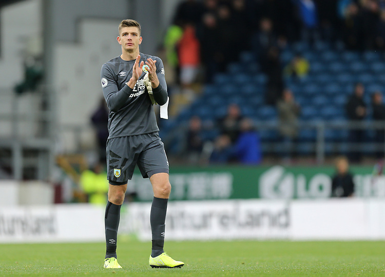 Burnley's Nick Pope applauds the fans at the final whistle<br /> <br /> Photographer Rich Linley/CameraSport<br /> <br /> The Premier League - Burnley v Everton - Saturday 5th October 2019 - Turf Moor - Burnley<br /> <br /> World Copyright © 2019 CameraSport. All rights reserved. 43 Linden Ave. Countesthorpe. Leicester. England. LE8 5PG - Tel: +44 (0) 116 277 4147 - admin@camerasport.com - www.camerasport.com