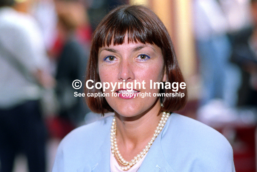 Dawn Primarolo, MP, Labour Party, politician, UK, 19921007DP..Copyright Image from Victor Patterson, 54 Dorchester Park, Belfast, UK, BT9 6RJ..Tel: +44 28 9066 1296.Mob: +44 7802 353836.Voicemail +44 20 8816 7153.Skype: victorpattersonbelfast.Email: victorpatterson@me.com.Email: victorpatterson@ireland.com (back-up)..IMPORTANT: If you wish to use this image or any other of my images please go to www.victorpatterson.com and click on the Terms & Conditions. Then contact me by email or phone with the reference number(s) of the image(s) concerned.