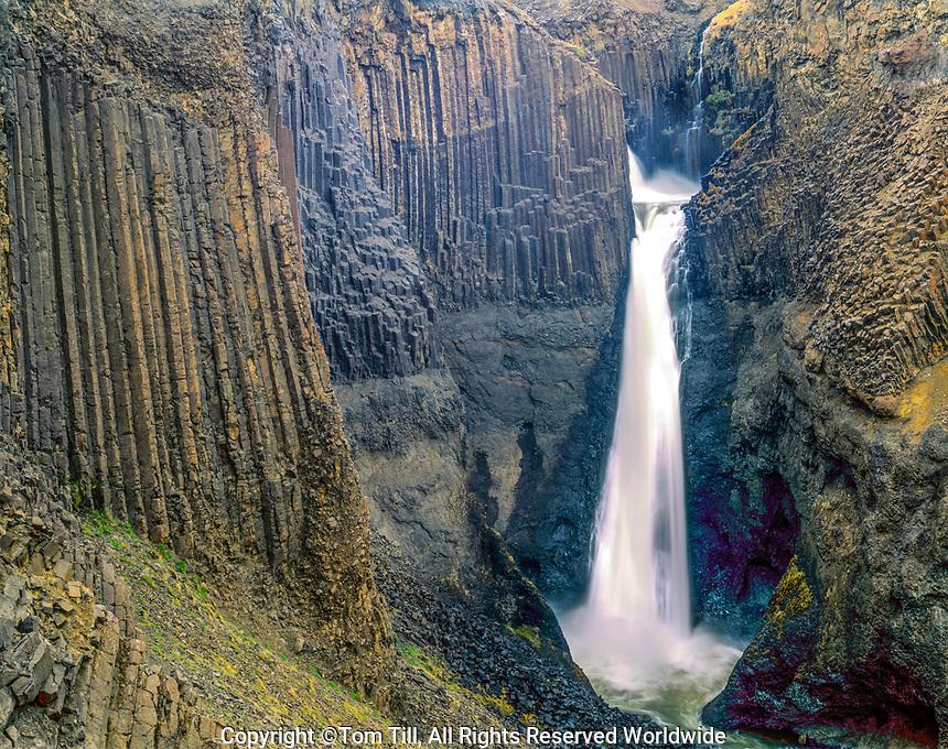 Falls over columnar basalt, Lagarfljot Lake, Iceland, Hengifoss Nature Pressure , 400 Foot falls