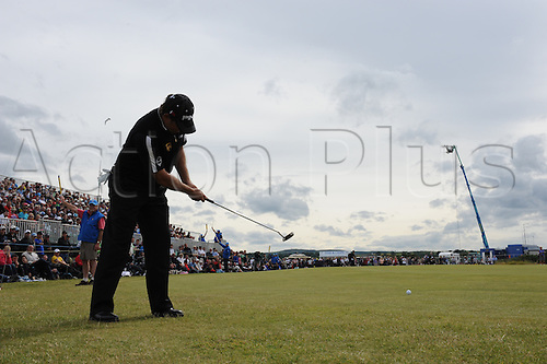 18/07/2010   Lee Westwood (ENG)  in action on the final day of the Open (also known as the British Open) on the Old Course at St Andrews, Fife, Scotland