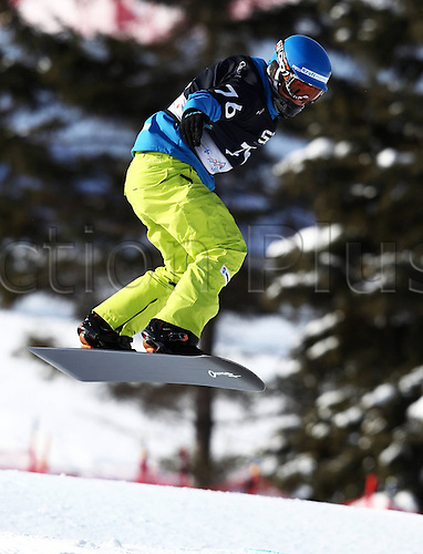 24.01.2013. Snowboarding FIS World Cup  SBX qualification day Stoneham,  Canada Snowboard Cross Qualification for men. Picture shows Tim Watter SUI